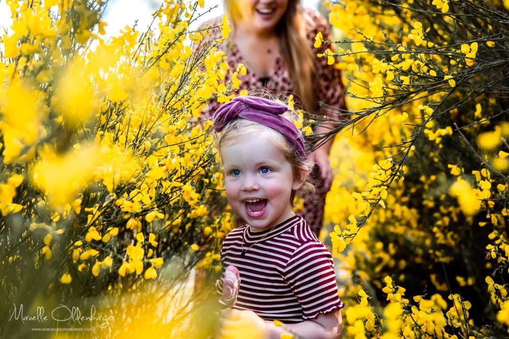 gezinsreportagekinderfotografiecoronaproofpicknickshootdrenthemuruelleoldenburger.jpg5_