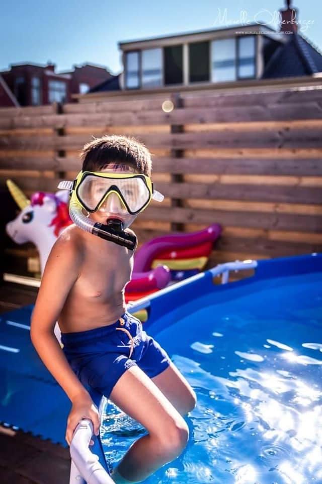 onderwaterpretvakantieshootkinderfotografiezwembadzomermuruelleoldenburger.jpg4_