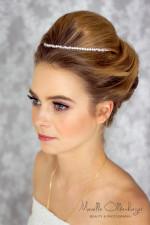 Bruidskapsel en Bruidsmake-up